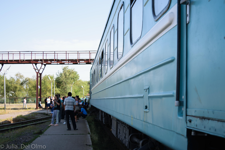 Tren en Kazajistán