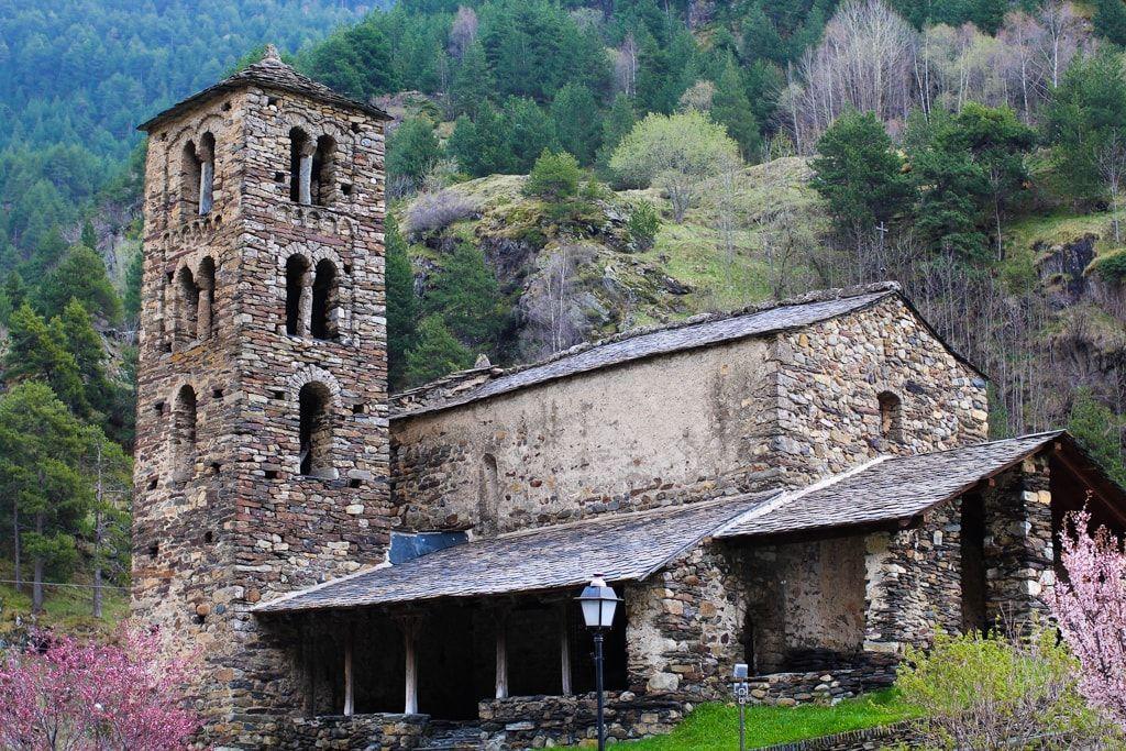 Torre románica en Andorra