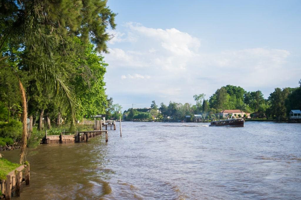 Río Lujan, Delta