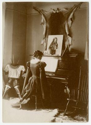Josephine Diebitch Peary en su casa